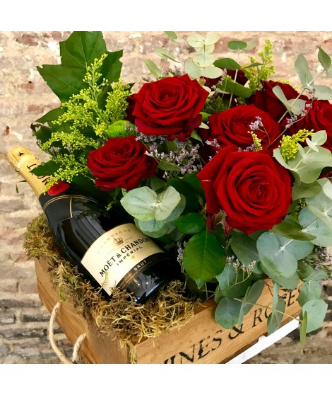 Flower Box Red & Champagne Moet Chandon